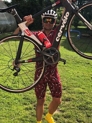 Kaspars holding Cervelo bike